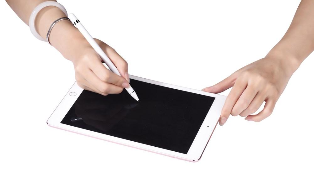 Devia Pencil for Apple iPads